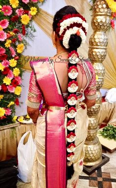 South Indian Wedding Hairstyles, South Indian Bride Hairstyle, Indian Hairstyles, Bride Hairstyles, Indian Flowers, Hindu Bride, Fruit Carvings, Sari Blouse, Braid Hair