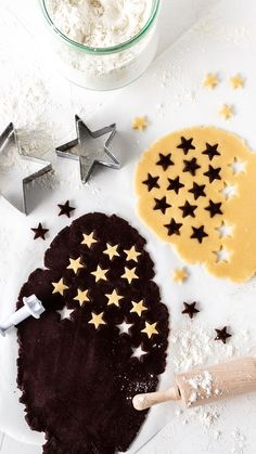 5 baking recipes for a happy baking party Fox spices - Black and white pastry r. - 5 baking recipes for a happy baking party Fox spices – Black and white pastry recipe stars - Pastry Recipes, Baking Recipes, Cookie Recipes, Dessert Recipes, Baking Desserts, Cupcake Recipes, Christmas Baking, Christmas Cookies, Star Cookies