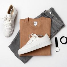 Mens Casual Dress Outfits, Stylish Mens Outfits, Fashion Outfits, Looks Adidas, Mode Man, Outfit Grid, Men Style Tips, Mens Clothing Styles, Types Of Fashion Styles