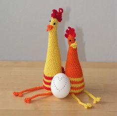 Barevné slepičky :: Ušito s láskou Easter Crochet, Christmas Ornaments, Holiday Decor, Crochet Ideas, Flower Fabric, Amigurumi, Straws, Easter, Easter Activities