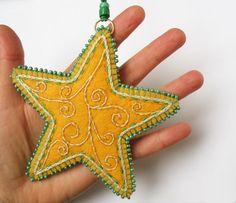 Embroidered Felt Star Ornament Felt Ornaments by LauraArtandCraft Felt Christmas Decorations, Felt Christmas Ornaments, Etsy Christmas, Christmas Makes, Handmade Christmas, Homemade Ornaments, How To Make Ornaments, Felt Crafts, Christmas Crafts