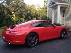 Porsche 911 (991) Guards Red