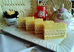 Túrós szelet recept foto Sweet Recipes, Cake Recipes, Dessert Recipes, German Desserts, Czech Recipes, Cottage Cheese, International Recipes, Cake Decorating, Sweet Tooth
