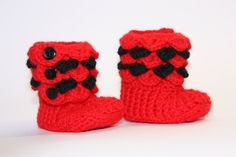 Crocodile stitch baby booties 0-6 months by AdavanIwaarden on Etsy