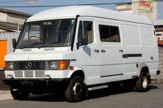 Mercedes Sprinter, Mercedes Camper, Mercedes Benz, Car Food, Food Truck, Chevrolet Van, Van Home, Classic Mercedes, Camper Van