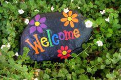 Guia de jardin. Blog de jardinería y plantas. Jardín en casa.: Pintar piedras