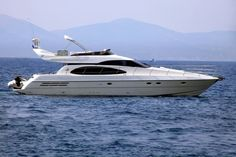 POSEIDON 17.6m (58ft) Build Azimut, Italy, 2001 Sleeps 6 Guests in 3 cabins Crew 3 Speed 28 knots
