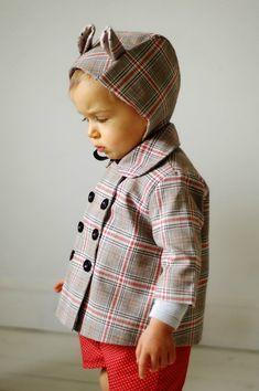 Madame Chacha - béguin à oreilles + petit manteau