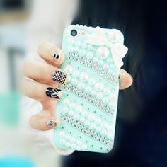 How To Decorate an iPhone Case