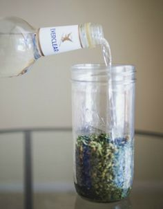 Marijuana tinctures are cannabis extracts that can be made at home known as an easy, highly effective option for accurate, instantaneous relief. Weed Recipes, Marijuana Recipes, Vodka Recipes, Marijuana Funny, Cocktail Recipes, Cannabis Edibles, Marijuana Plants, Cannabis Oil, Thc Oil