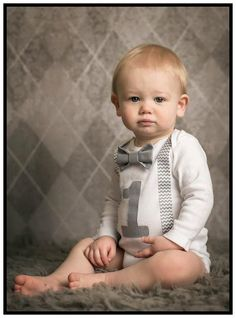 Boys First Birthday Outfit Baby Boy Clothes Grey por SewBoyBaby