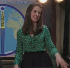 Annie's green pussybow polka dot blouse.  Outfit Details: http://wornontv.net/205/ #Community