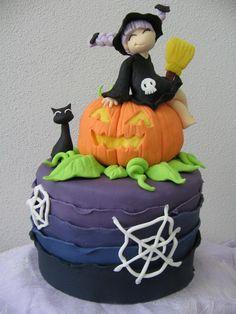 Halloween Creative Cake-Decorating Ideas