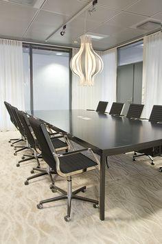 Office, conference room, interior design. Toimisto, konferenssihuone, sisustussuunnittelu. Kontor, konferensrum, inredningsdesign.