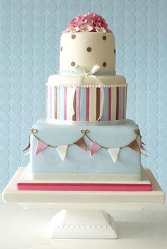 Preciosa no es la palabra - Bunting, stripes and polka dots cake from Rachelles Bespoke Cakes Cakes To Make, Fancy Cakes, Pretty Cakes, Beautiful Cakes, Amazing Cakes, Cupcakes, Cupcake Cakes, Polka Dot Cakes, Polka Dots