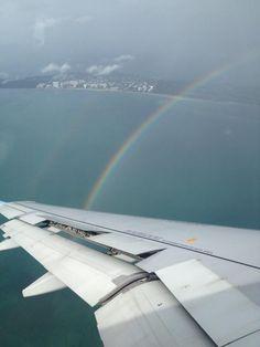 """05/10/2012  Maricarmen Castrejón  """"Arcoiris de bienvenida a Miami vuelo 2960 Interjet.@interjet_mx""""  Destino: Miami"""