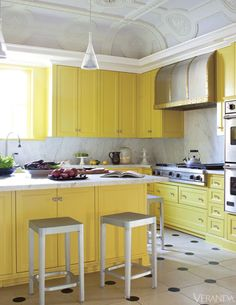 love this funky bright kitchen...how cheerful. From Veranda Magazine