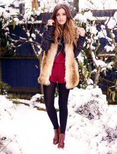 Snow in London!  (by Anouska Proetta Brandon) http://lookbook.nu/look/3023009-Snow-in-London