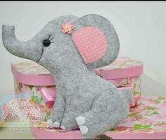 Elefantinho fofinho com moldes gratuitos.... compartilhando. Créditos nas imagens....