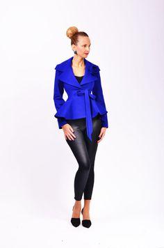 INEZ è una delle mie giacche più eleganti, fatti da 100% lana tessuto di miscela che garantisce una grande vestibilità. il tessuto che usato rende