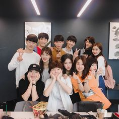 Korean Best Friends, Boy And Girl Best Friends, Pretty Korean Girls, Cute Korean Boys, Ulzzang Korea, Ulzzang Boy, Bff Goals, Best Friend Goals, Boy Squad