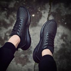 Casual Comfy Breathable Lace-up Sneaker – widezee Casual Heels, Casual Sneakers, Sneakers Fashion, All Black Sneakers, Fashion Shoes, Mens Boots Fashion, Lace Up Heels, Men's Shoes, Comfy