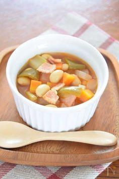 寒い日に食べたい♡たった5分で作れる絶品スープレシピ20連発 - LOCARI(ロカリ) Some Recipe, Cantaloupe, Soup, Fruit, Cooking, Kitchen, Recipes, Kitchens, Recipies