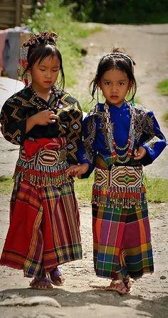Asia Foro Finest Discusión> Algo me llamó la atención la vestimenta nativa de Filipinas