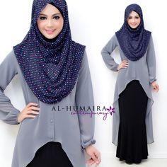 I don't need the hijab, but maybe a scarf draped around the neck. I like this look Hijab Chic, Hijab Style, Muslim Dress, Hijab Dress, Hijab Outfit, Islamic Fashion, Muslim Fashion, Modest Fashion, Mode Abaya