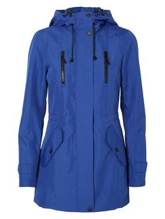 For the practical you - the ultramarine parka coat from VERO MODA.