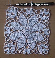 Crochet Heklanje: Kvadratni motiv za salvete i stolnjake - Moj rad 140 Crochet Tunic Pattern, Crochet Lace Edging, Crochet Motifs, Crochet Blocks, Granny Square Crochet Pattern, Crochet Chart, Crochet Squares, Filet Crochet, Crochet Doilies
