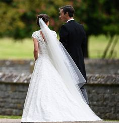Duchess Kate: Radiant Bride Pippa Middleton Marries James Matthews Surrounded by Family and Friends Pippa Middleton Style, Middleton Family, Pippa Middleton Wedding Dress, Carole Middleton, Pippas Wedding, Wedding Robe, Wedding Gowns, Pippa And James, Kate And Pippa