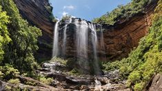 TLC were wrong. Turns out you should go chasing waterfalls in Sydney and around NSW. Load up the picnic basket and take a road trip to find waterfalls NSW.