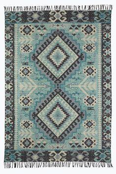 Bilderesultat for filleryer mint Boho Decor, Bohemian Rug, Trondheim, Magic Carpet, Living Room Inspiration, Persian Rug, Home Textile, Textiles, Quilts