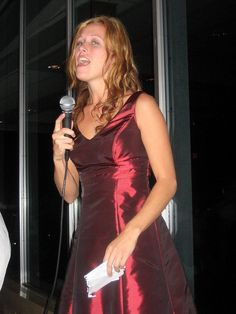 Maid of Honor Speeches for Big Sister – The Right Way to Give a Wedding Speech