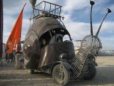 Want one! (Steampunk snail car via Ullabenulla)