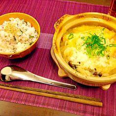 たっぷりのお野菜と鶏もも肉に油揚げのみぞれ鍋とちりめんじゃこ、紫蘇、梅、ゴマのまぜご飯で晩ご飯にしました! 今日はとっても寒かったですね(>_<) お鍋で暖まりました! 火曜日晩ご飯です(^ν^) - 76件のもぐもぐ - みぞれ鍋で火曜日晩ご飯(^ν^) by SONOME13