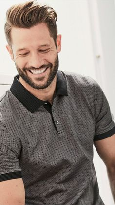 The term Polo shirt was originally used to describe the long sleeved, thick button down shirts used to play Polo. In the a tennis shirt embroidered with a polo player on it was the first of … Polo Shirt Style, Polo Shirt Outfits, Mens Polo T Shirts, Tennis Shirts, Polo Tees, Polo Fashion, Mens Fashion, Moda Polo, Stylish Men
