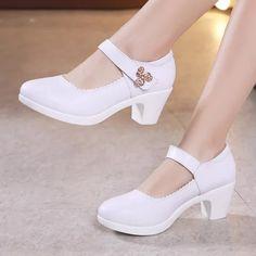Cute Shoes, Me Too Shoes, Boy Shoes, Platform Block Heels, Black Platform, Wedding Shoes Heels, Super High Heels, Mary Jane Pumps, Party Shoes