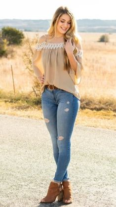 White Girl Outfits, White Girls, Superenge Jeans, Sexy Jeans, Stunning Girls, Gorgeous Women, Beauté Blonde, Look Body, Hot Country Girls