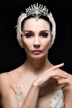 White Swan it is (Tia's next solo). Tamara Rojo...