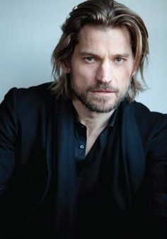 Nikolaj Coster Waldau (Jaime Lannister - Game of Thrones) Pretty People, Beautiful People, Beautiful Boys, Game Of Trone, Nikolaj Coster Waldau, Jaime Lannister, Its A Mans World, My Hairstyle, Raining Men