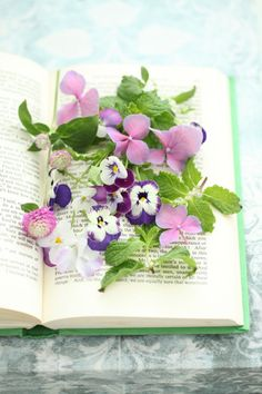 .this looks pleasant..  makes me think of smelling fragrant flowers while reading. or while writing, etc. doing other tasks.  uplifting maybe.