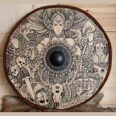 If I were a Thing, i'd be a Shield. A viking Yggdrasil shield. Art Viking, Viking Shield, Viking Life, Viking Symbols, Viking Warrior, Valhalla Viking, Viking Decor, Viking Woman, Norse Goddess