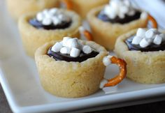 Hot Chocolate Cookie Cups - made with Pillsbury sugar cookie dough, chocolate ganache and a pretzel!