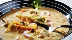 Fiskesuppe med blåskjell og reker Scandinavian Food, Frisk, Cheeseburger Chowder, Thai Red Curry, Ramen, Seafood, Soup, Dinner, Ethnic Recipes