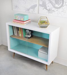 Painted Vintage Sideboard Before and After - visual heart creative studio Cheap Furniture Makeover, Diy Furniture Renovation, Diy Furniture Projects, Repurposed Furniture, Kids Furniture, Vintage Furniture, Painted Furniture, Modern Furniture, Furniture Design