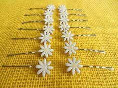 Daisy hair pins White Flower Ceramic hair pins  by potteryhearts