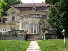 Horthy kastély Kenderes Heart Of Europe, Ancient Architecture, Homeland, Hungary, Places To Go, Mansions, Palaces, History, House Styles