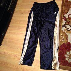Item: Men's size 2XL Adidas pants stunning has pockets
